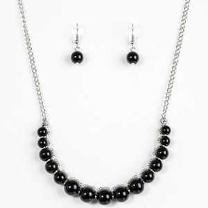 The FASHION Show Must Go On! - Black Necklace Set